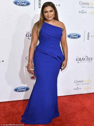 3496286700000578-3608075-showstopper_mindy_kaling_looked_sensational_as_she_arrived_at_th-m-99_1464161635187